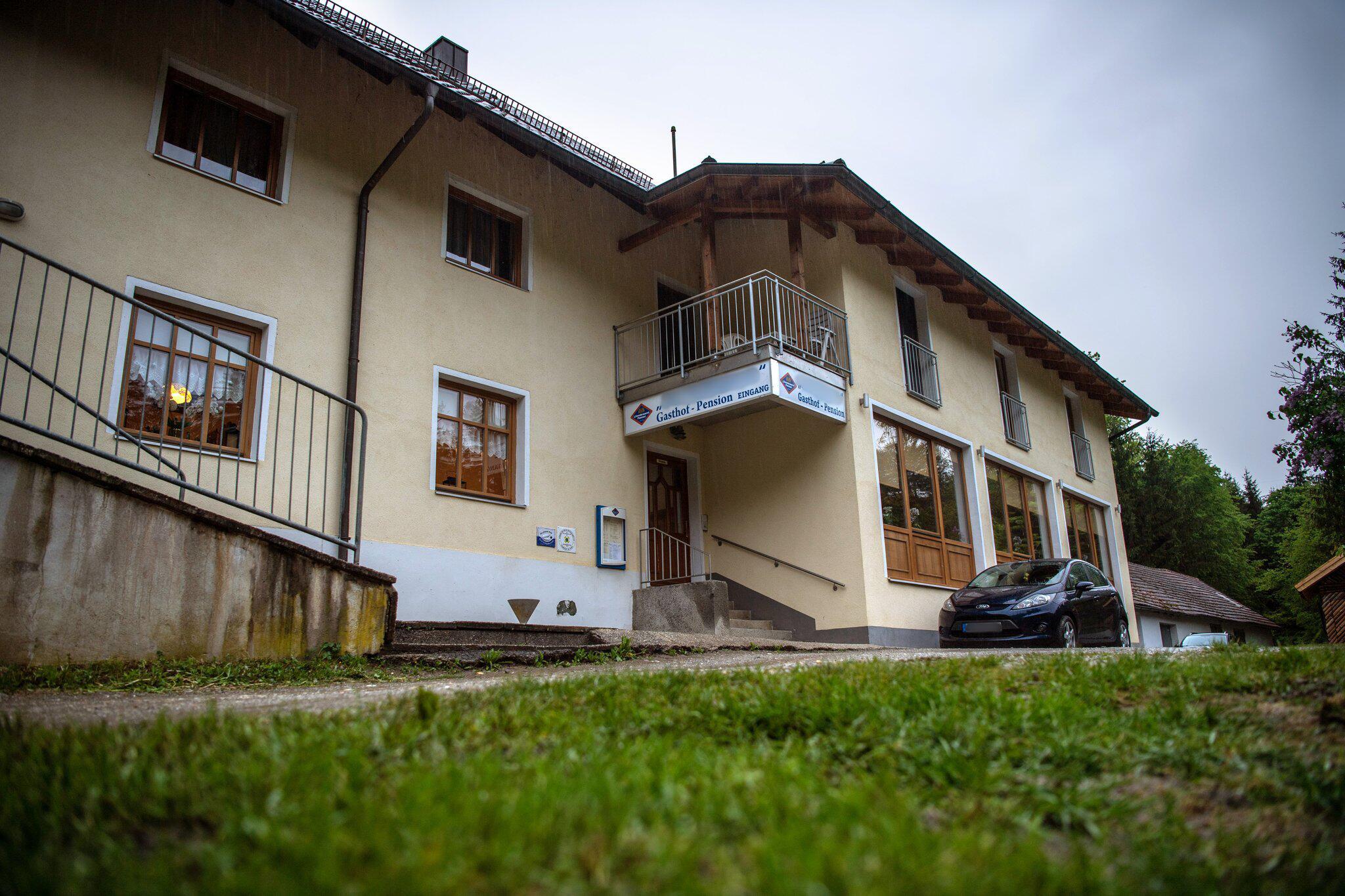 Bild zu Drei Tote in Gästezimmer in Passau gefunden