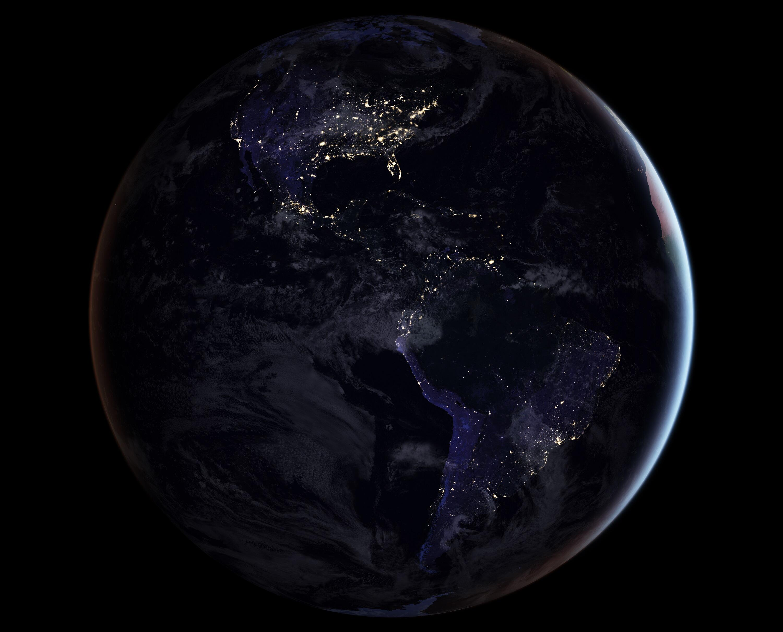 Bild zu Westliche Hemisphäre bei Nacht