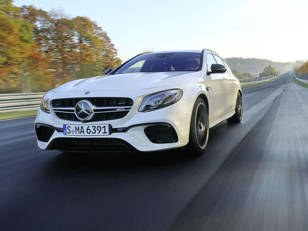 Bild zu Mercedes-AMG E 63 S T-Modell