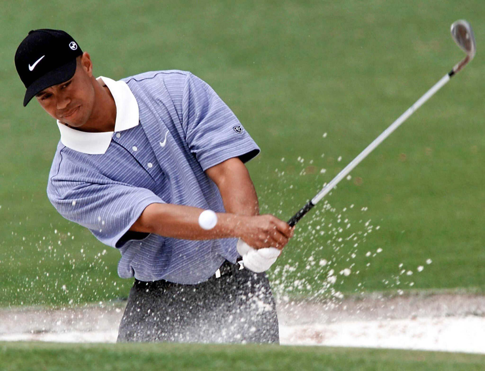 Bild zu Tiger Woods, 2001, US Masters, Masters, Augusta, Bunker, Training