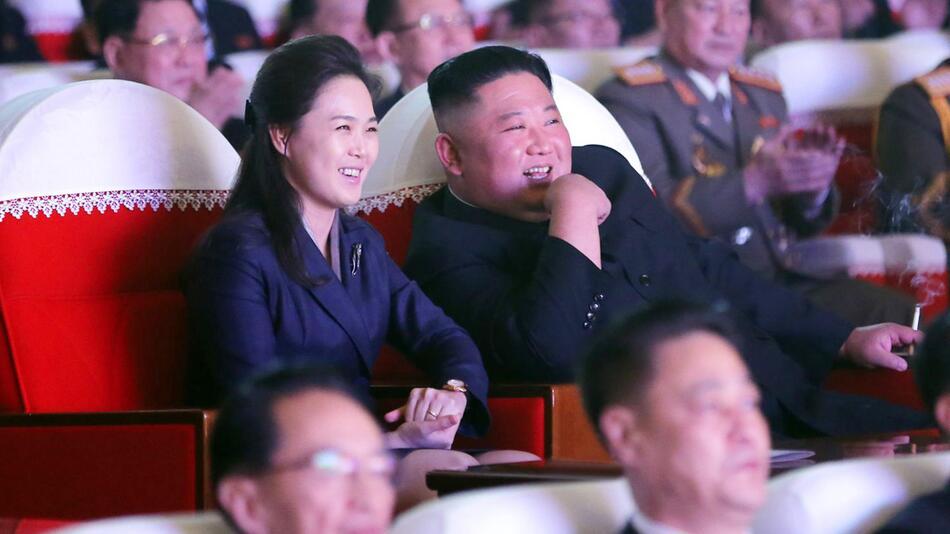 Frau von Kim Jong Un wieder in der Öffentlichkeit