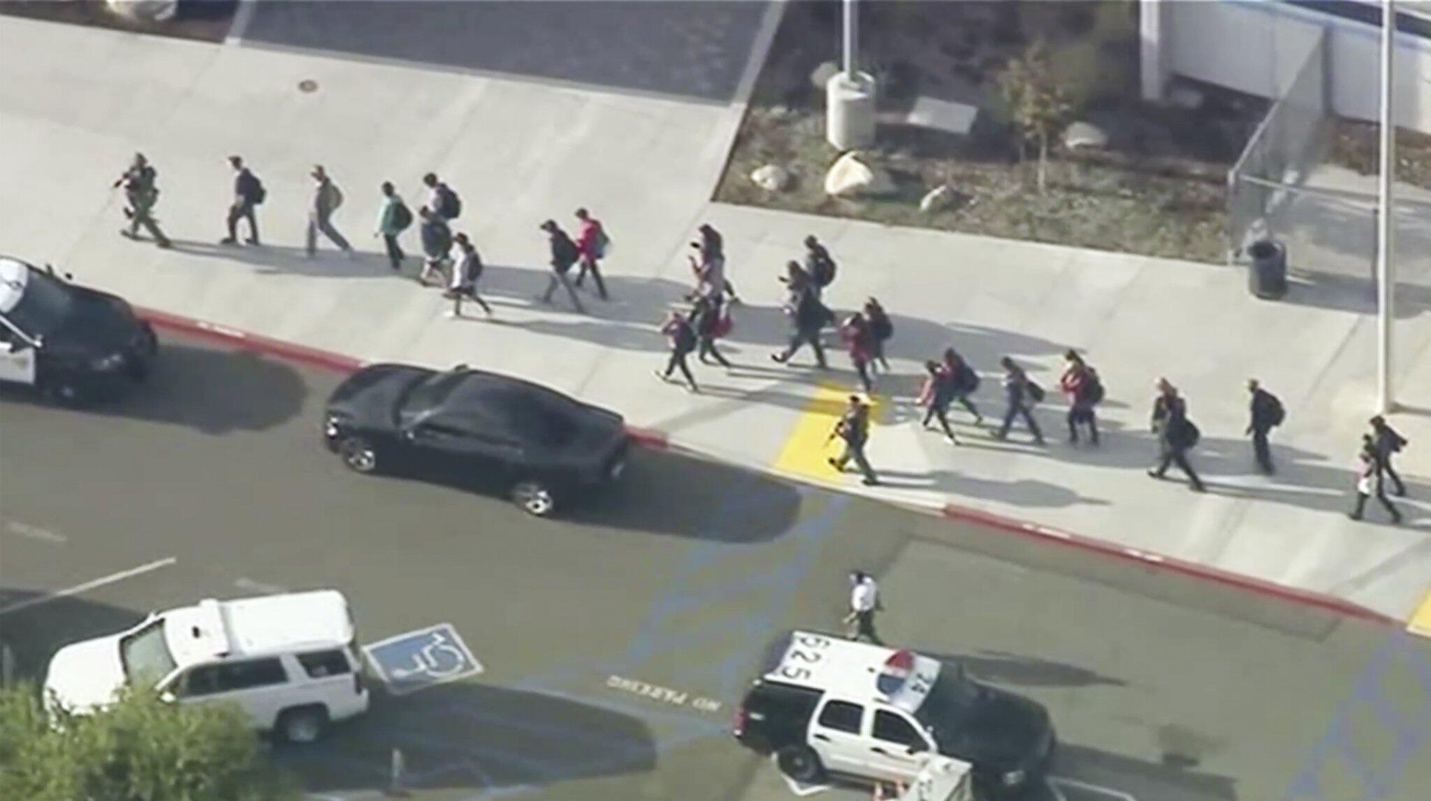 Bild zu Schüsse in Schule in Kalifornien