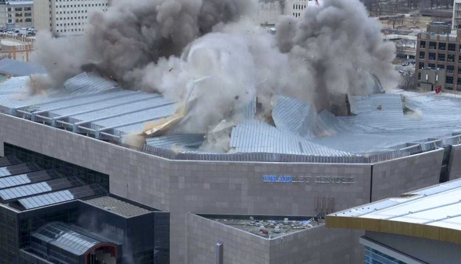 Bild zu Dachsprengung