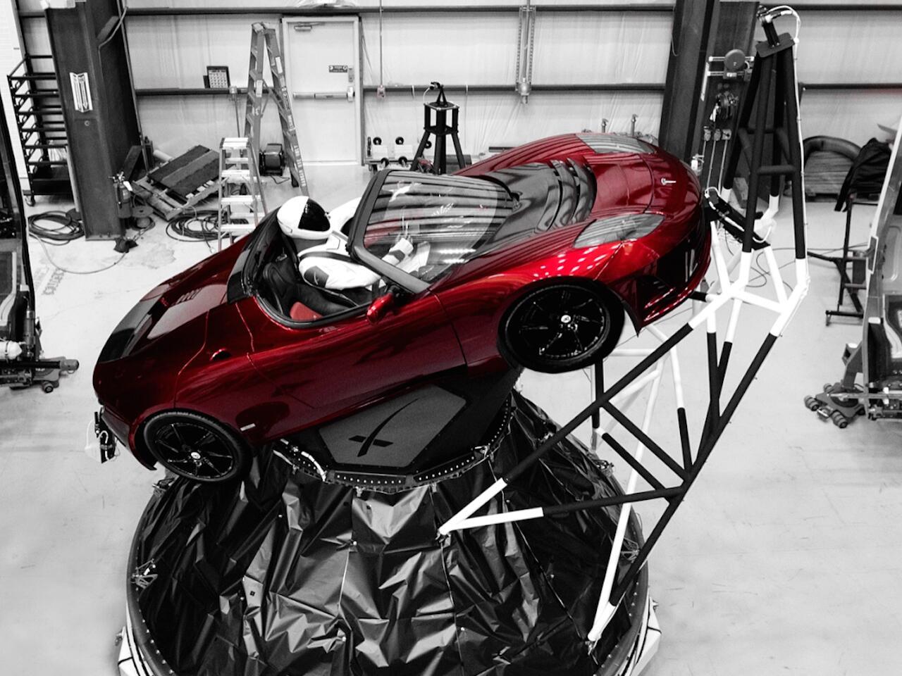 Bild zu Tesla Roadster Rakete
