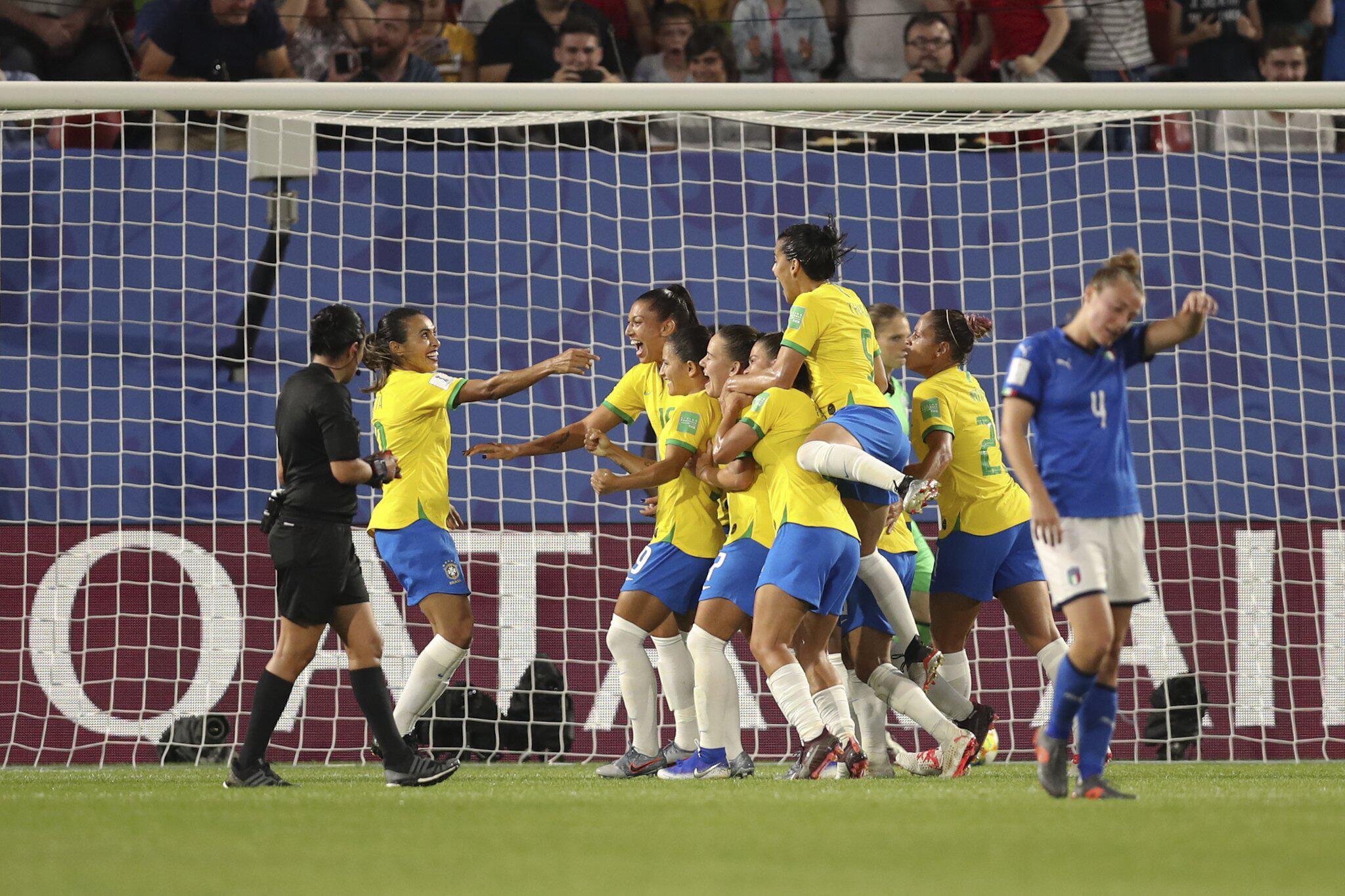Bild zu Frauenfussball-WM -Italien - Brasilien