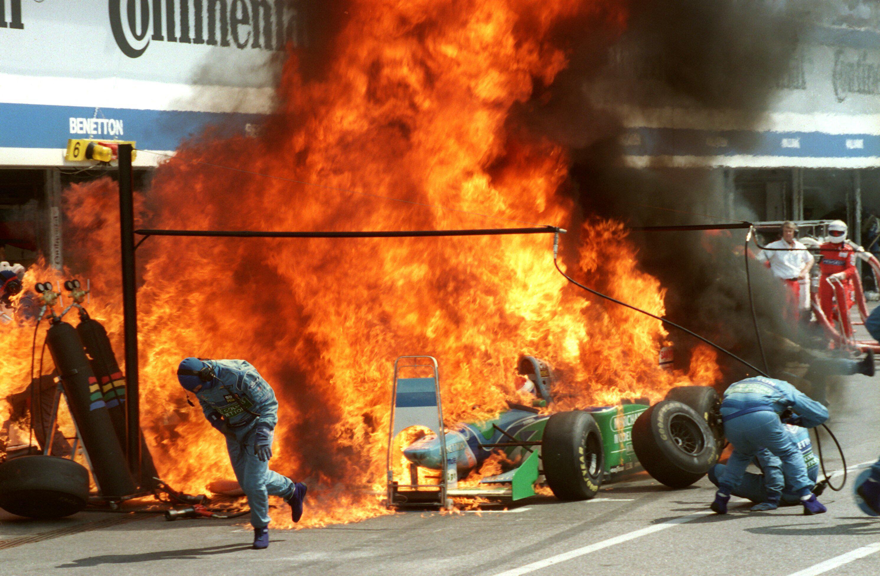 Bild zu Jos Verstappen, Benetton-Ford, Hockenheimring, 1994, Formel 1, Flammen, Grosser Preis von Deutschland