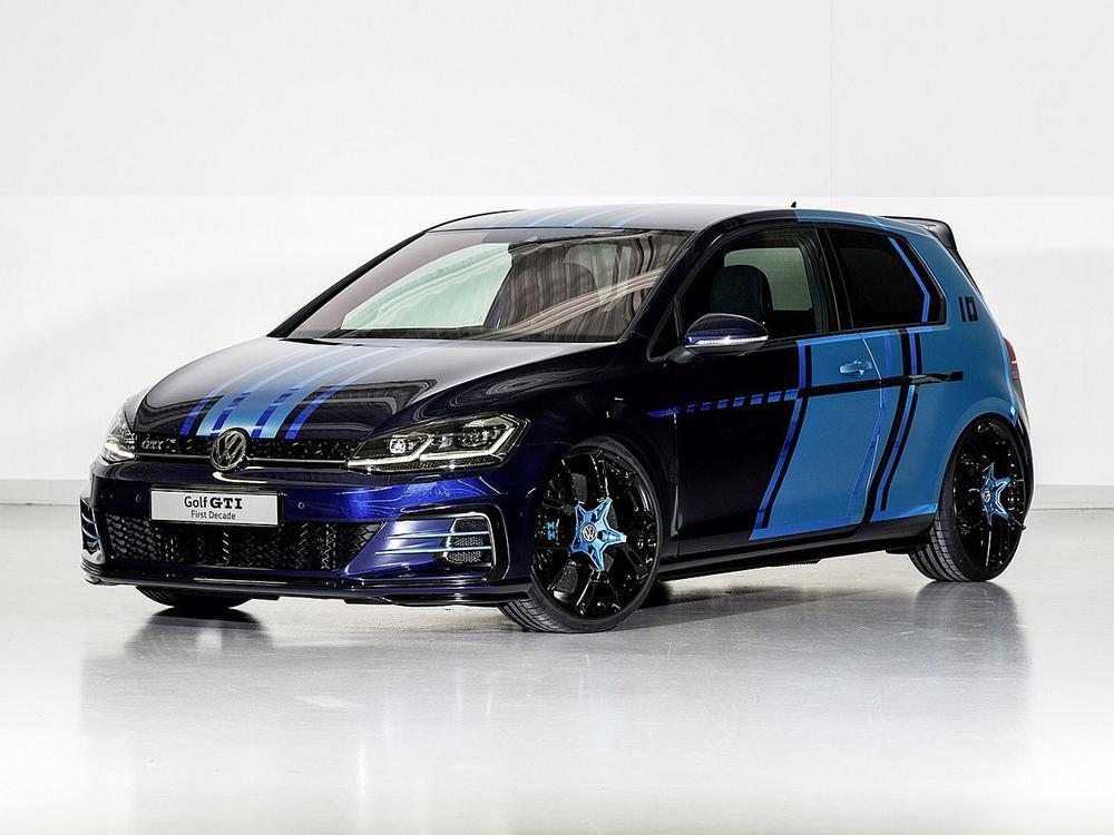Bild zu VW-Azubis präsentieren: VW Golf GTI First Decade und Golf GTE Variant implusE