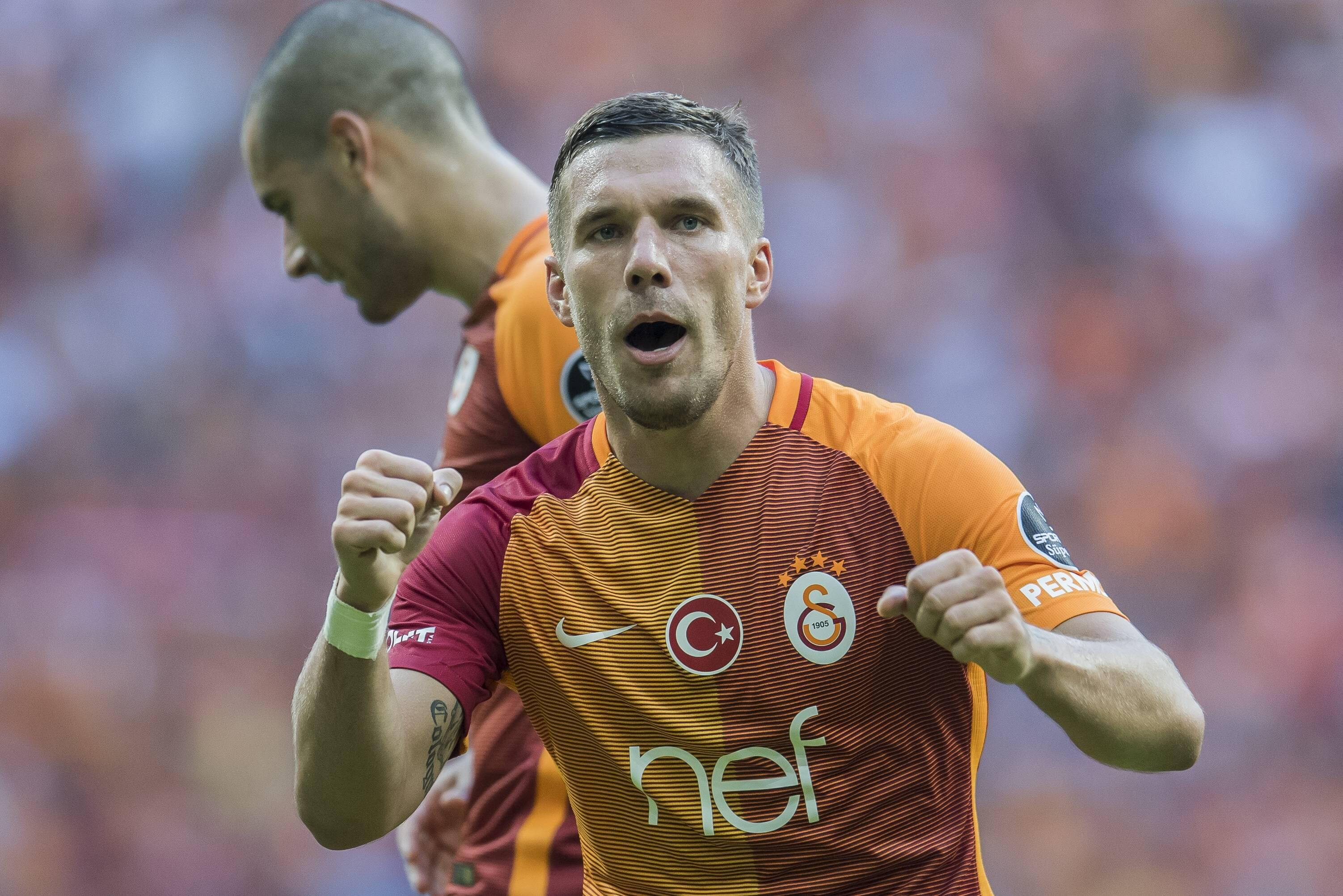 Bild zu Lukas Podolski, Transfer News, Fussball, China