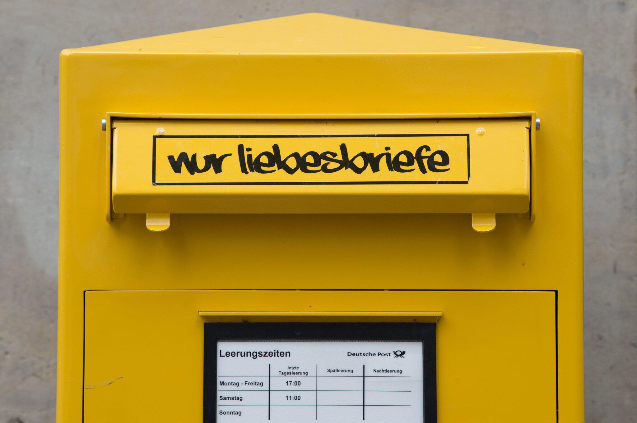 Bild zu Bundesregierung will Rechte von Postkunden stärken