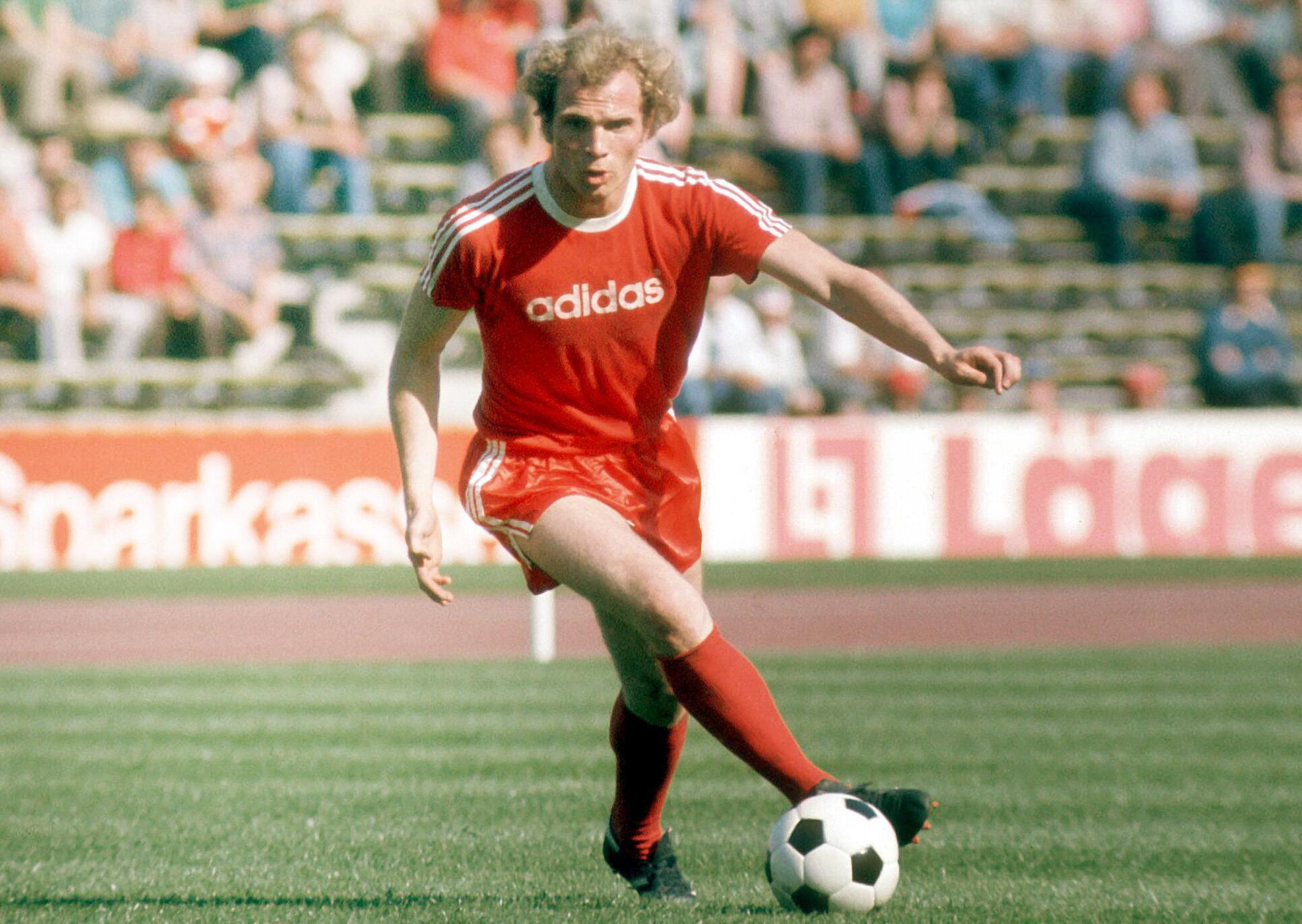 Bild zu Uli Hoeness, FC Bayern München, Bundesliga, 1975/76