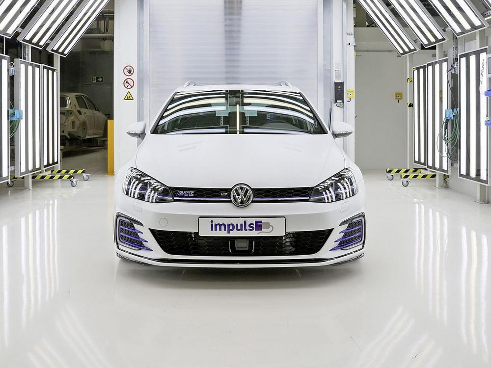 Bild zu VW Golf GTE Variant impulsE