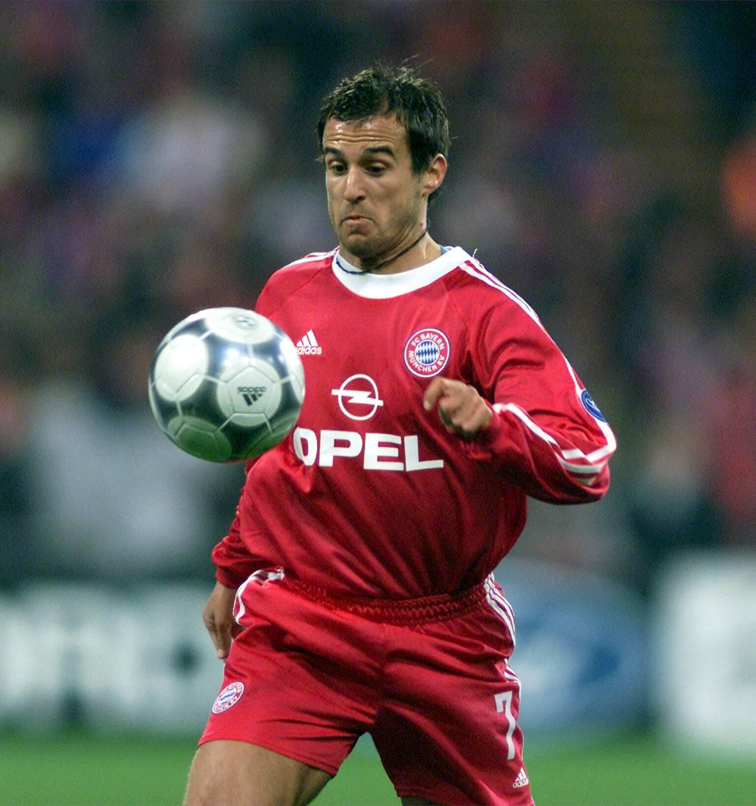 Bild zu Mehmet Scholl, FC Bayern München, Champions League, Olympiastadion, 2000/01