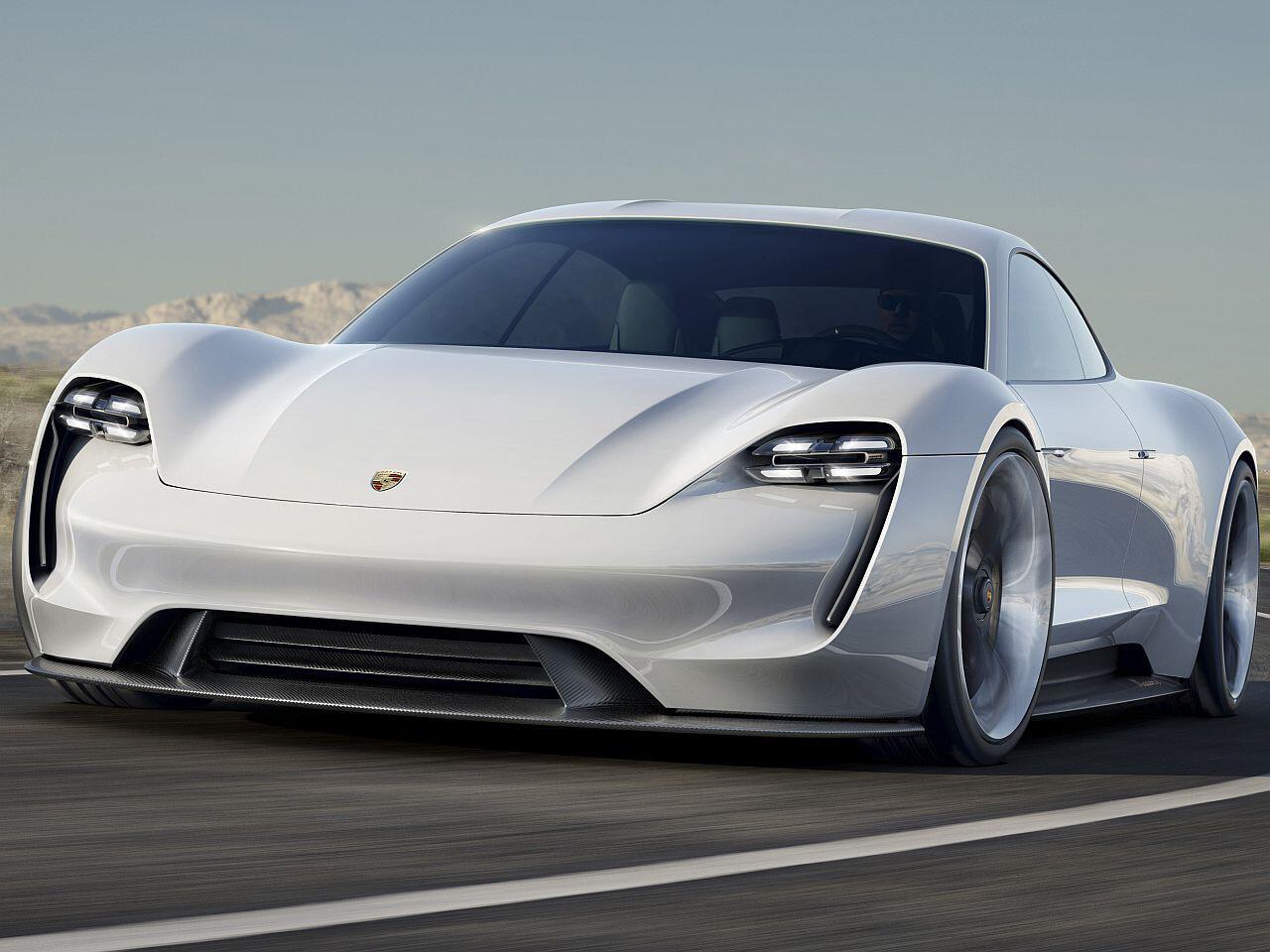 Bild zu Porsche Taycan (Mission E)