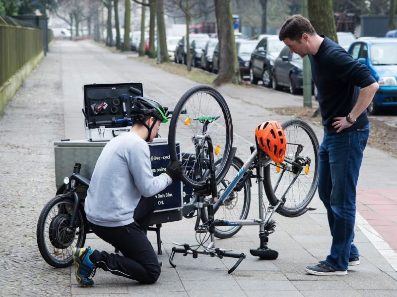 Bild zu Reparatur am Fahrrad