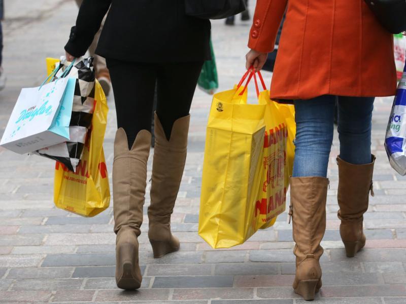 Bild zu Der Weihnachtseinkauf im Laden