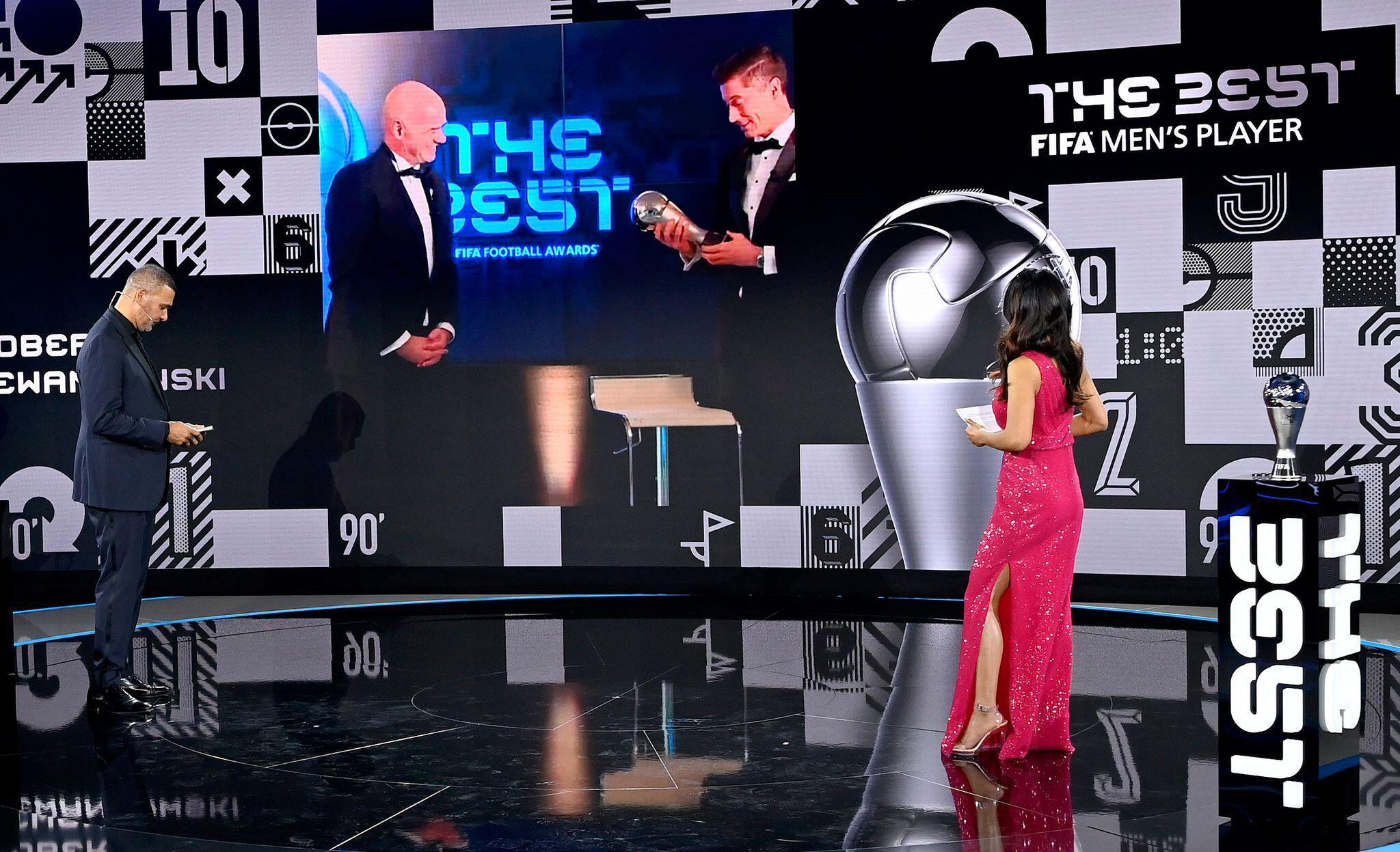 Bild zu FIFA Kür der Weltfussballerin und des Weltfussballers