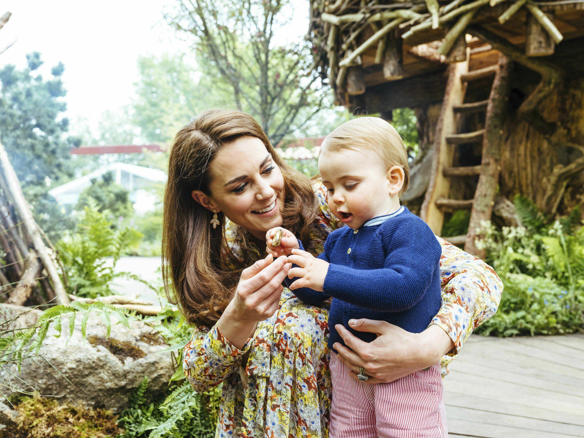 Bild zu Familienausflug der Royals zur Blumenshow in Chelsea
