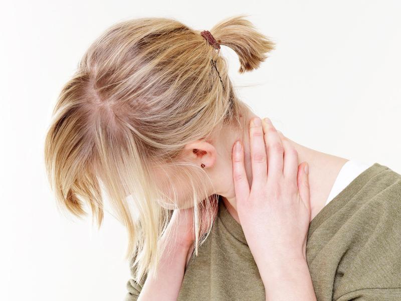 Bild zu Nackenschmerzen vorbeugen