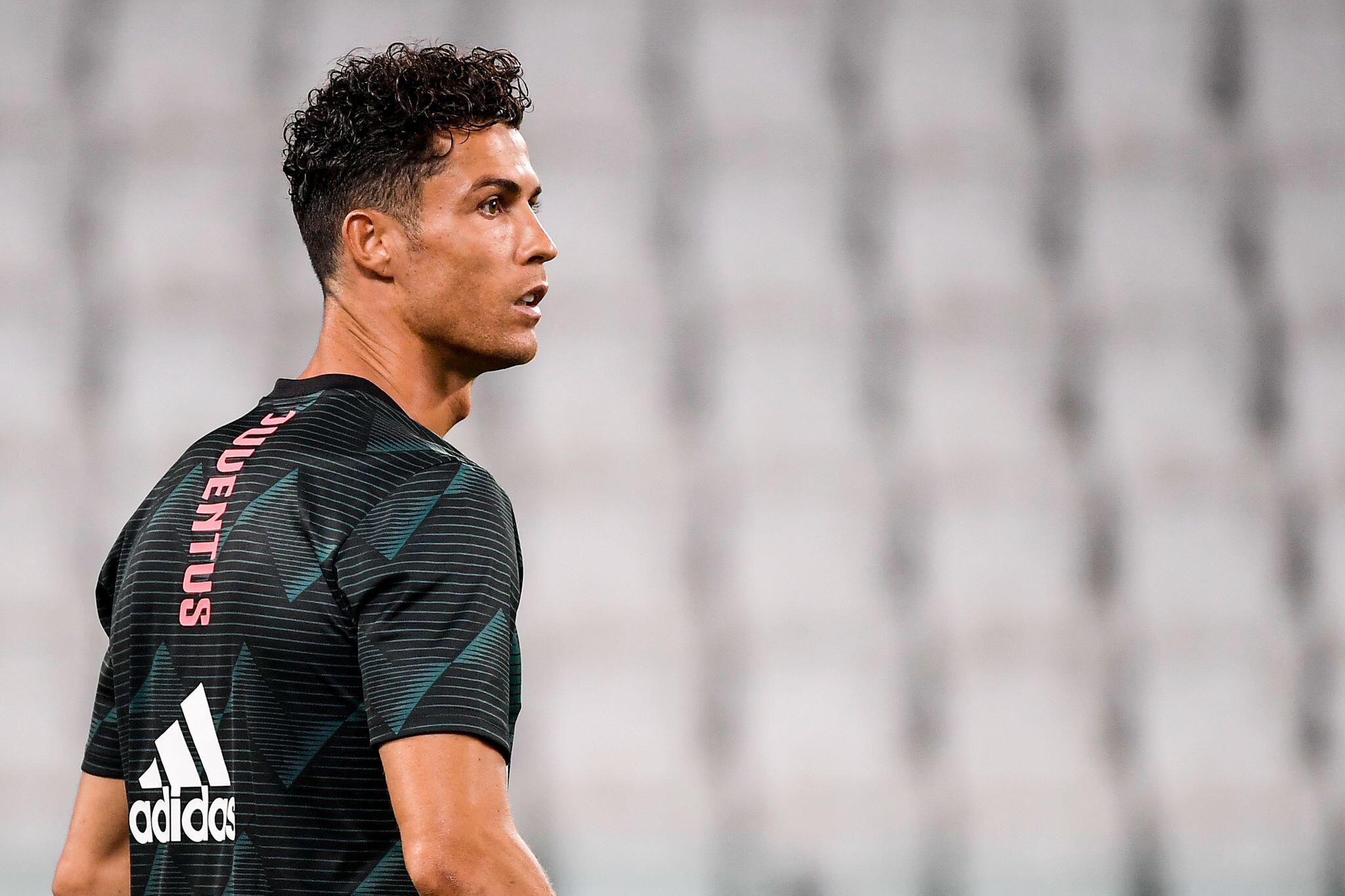 Bild zu Fussball-Superstar Cristiano Ronaldo positiv auf Coronavirus