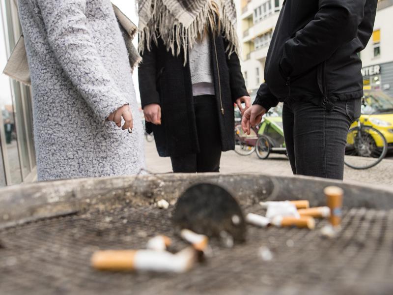 Bild zu Viele Raucher müssen raus