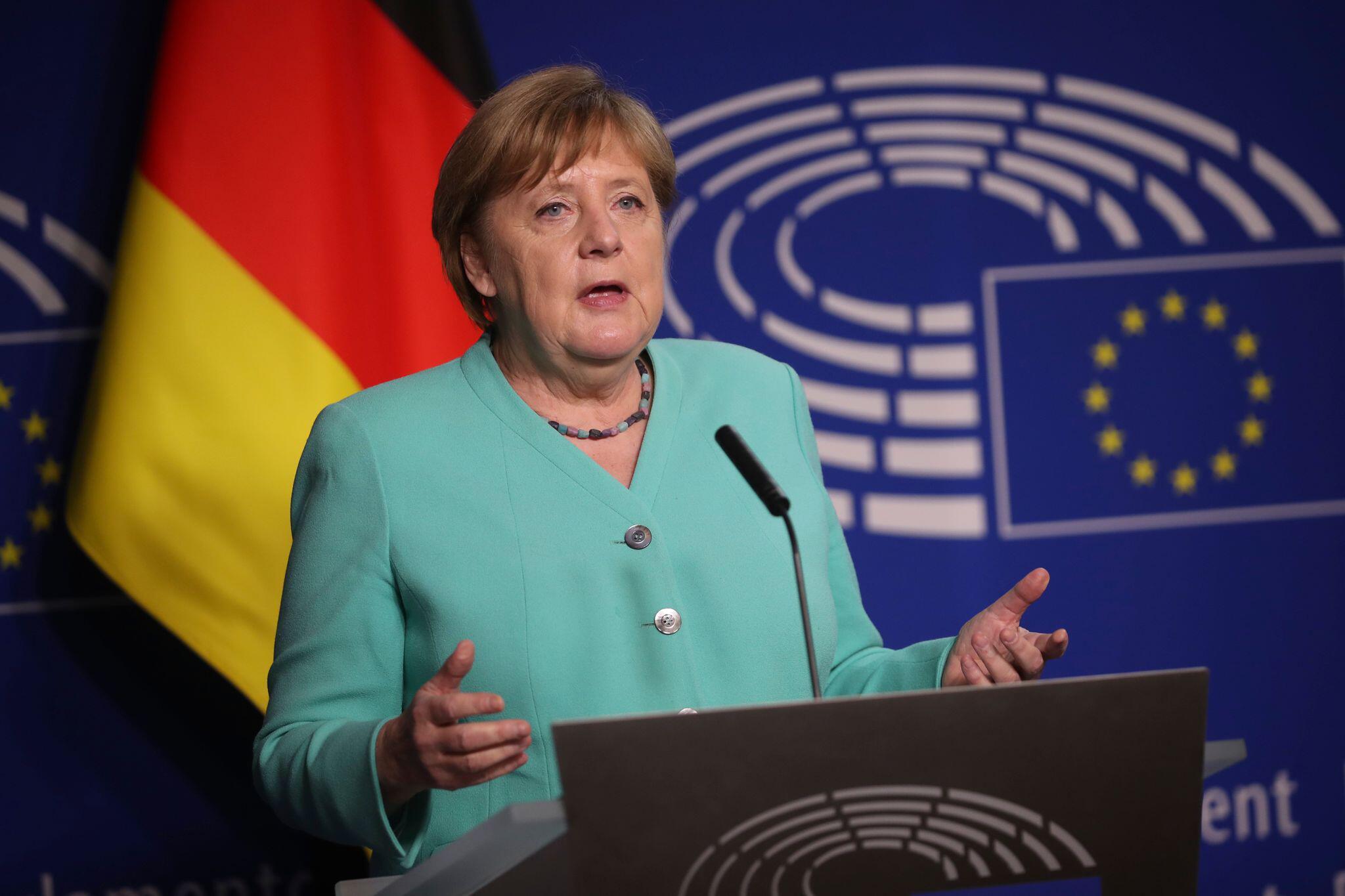 Bild zu EU-Parlament in Brüssel - Bundeskanzlerin Merkel