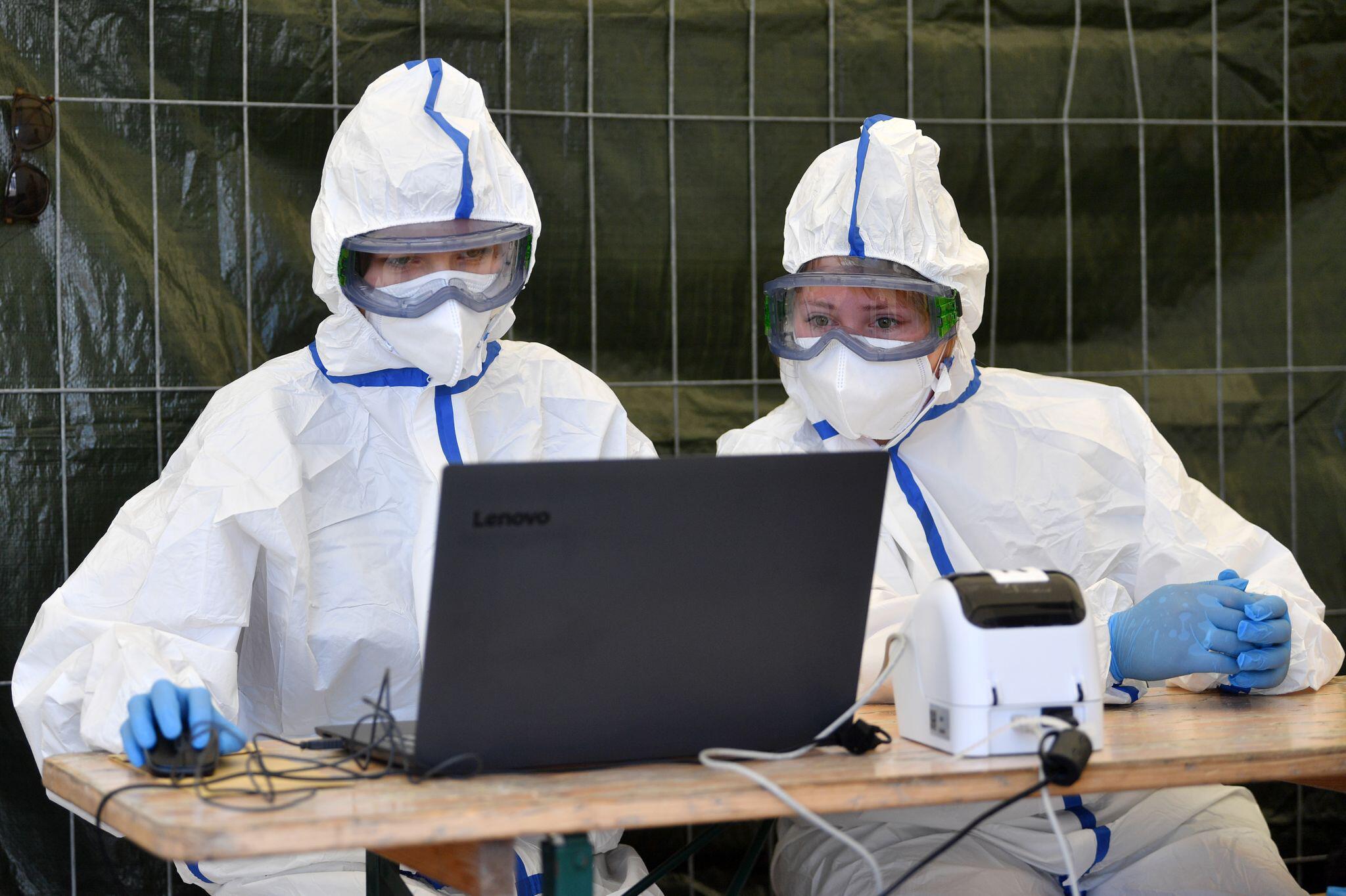 Bild zu Coronavirus - Tests bei Tönnies Weissenfels