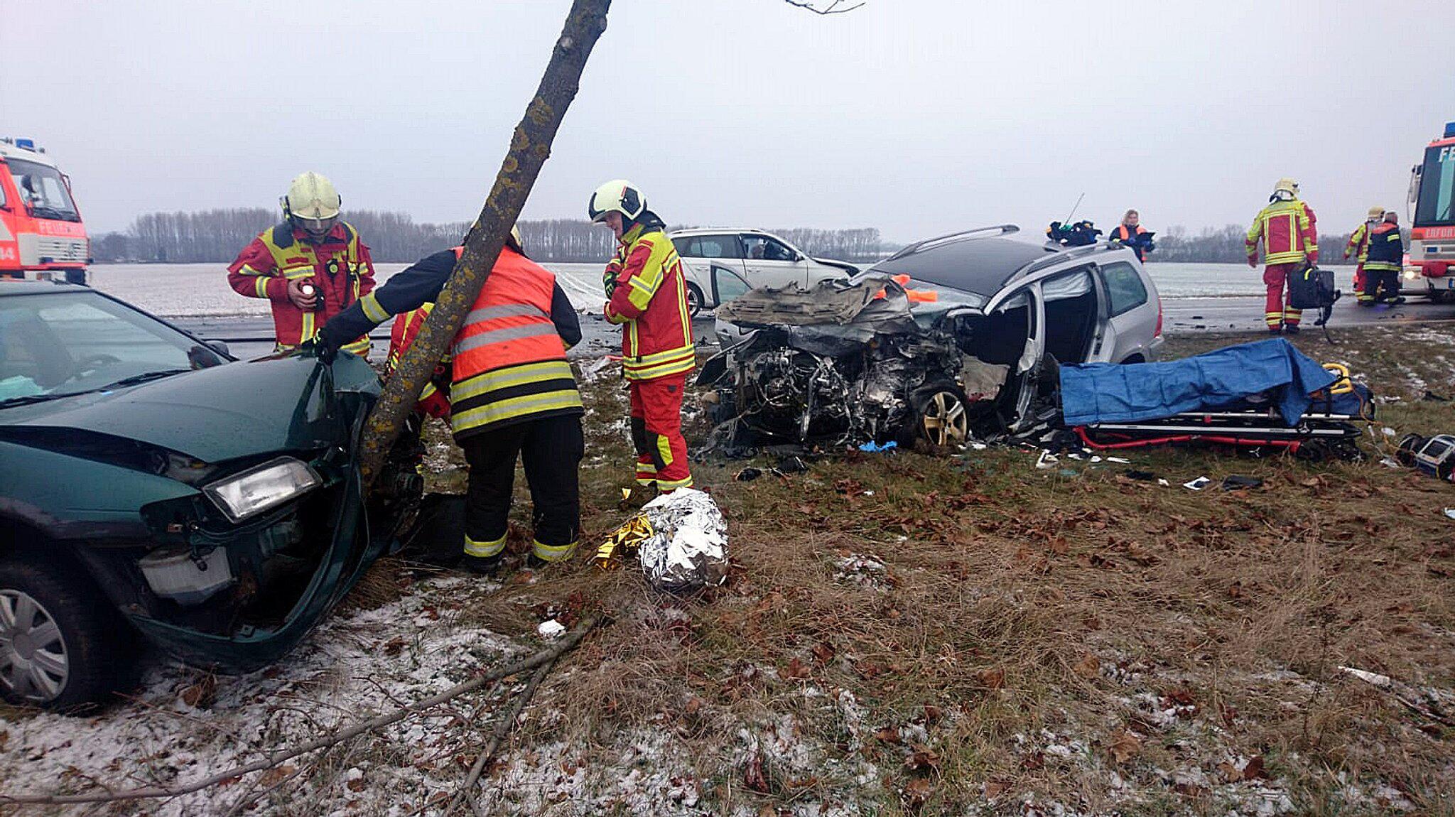 Bild zu Tödlicher Unfall auf Bundesstrasse
