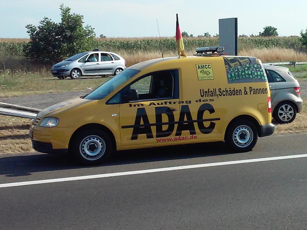 Bild zu ADAC-Warnung vor falschen Pannenhelfern