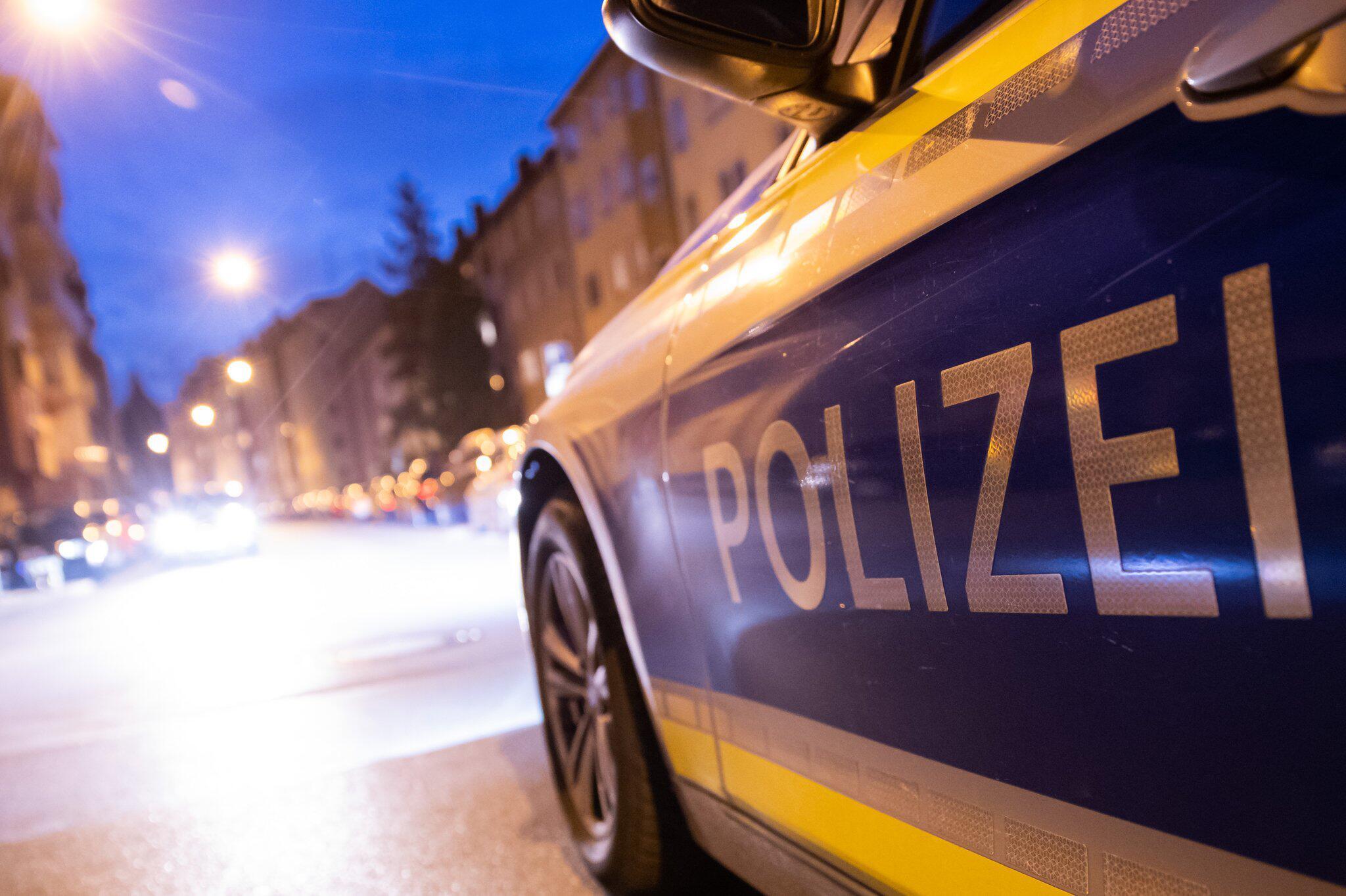 Bild zu Drei Frauen in Nürnberg durch Stiche schwer verletzt