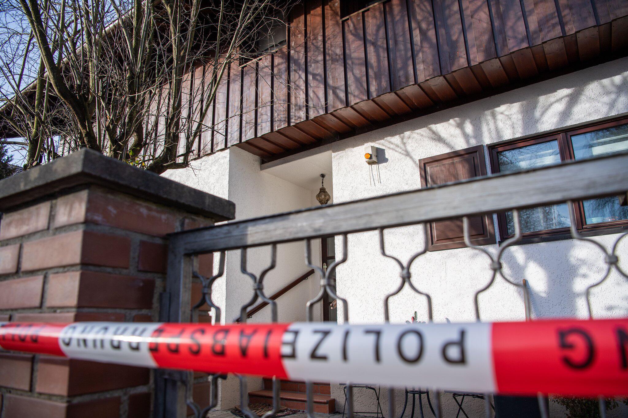 Bild zu Wende bei Ermittlungen zu erschossener Familie in Starnberg