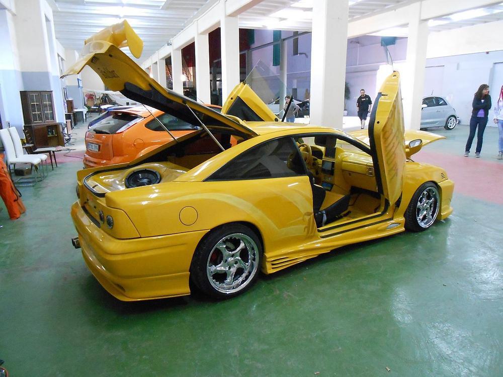 Bild zu Opel Calibra von Martin Wilhelm
