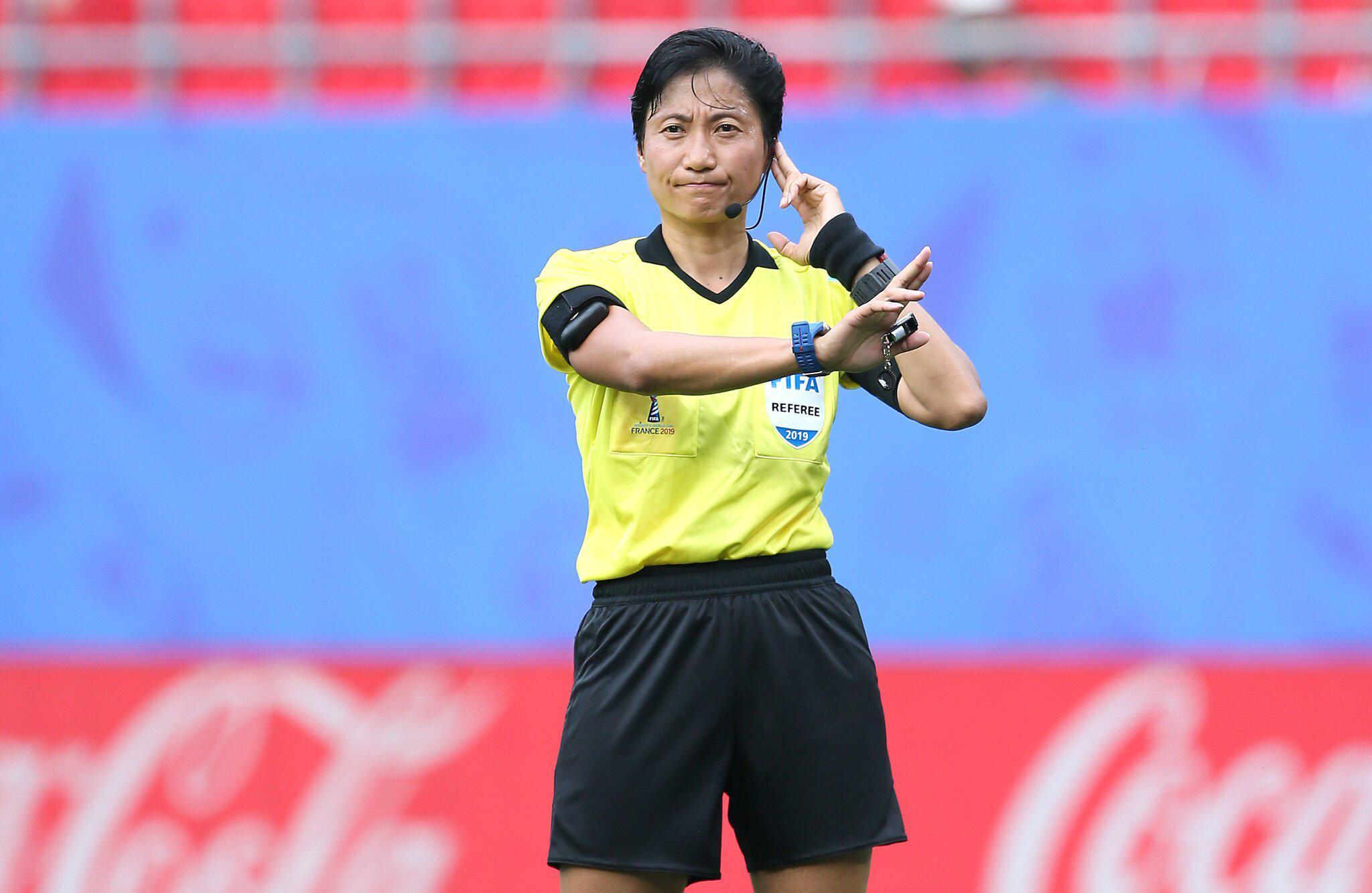 Bild zu Frauenfussball-WM, Frauen-WM 2019, Achtelfinale, Valencinnes, Frankreich, England, Kamerun, Liang Qin