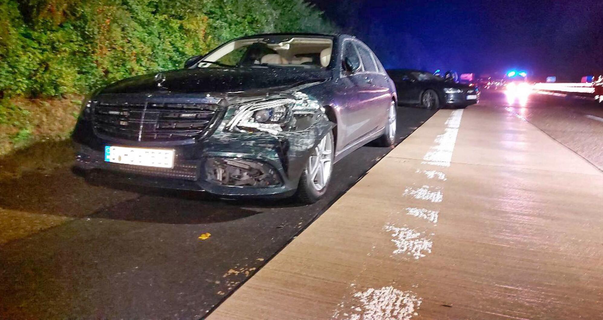 Bild zu Kretschmann in Autounfall verwickelt
