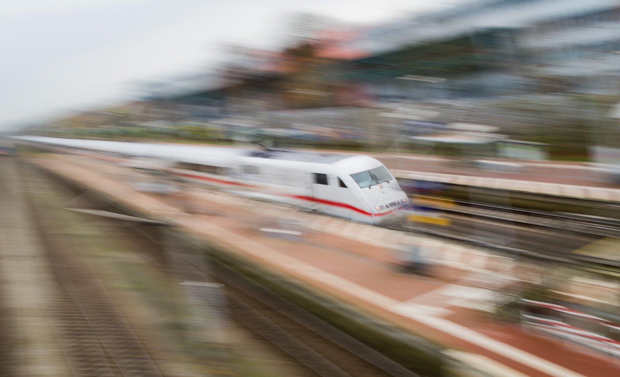 Bild zu ICE Deutsche Bahn