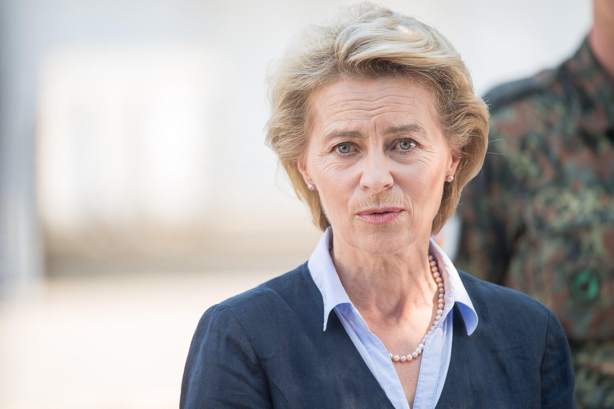 Bild zu Verteidigungsministerin Ursula von der Leyen