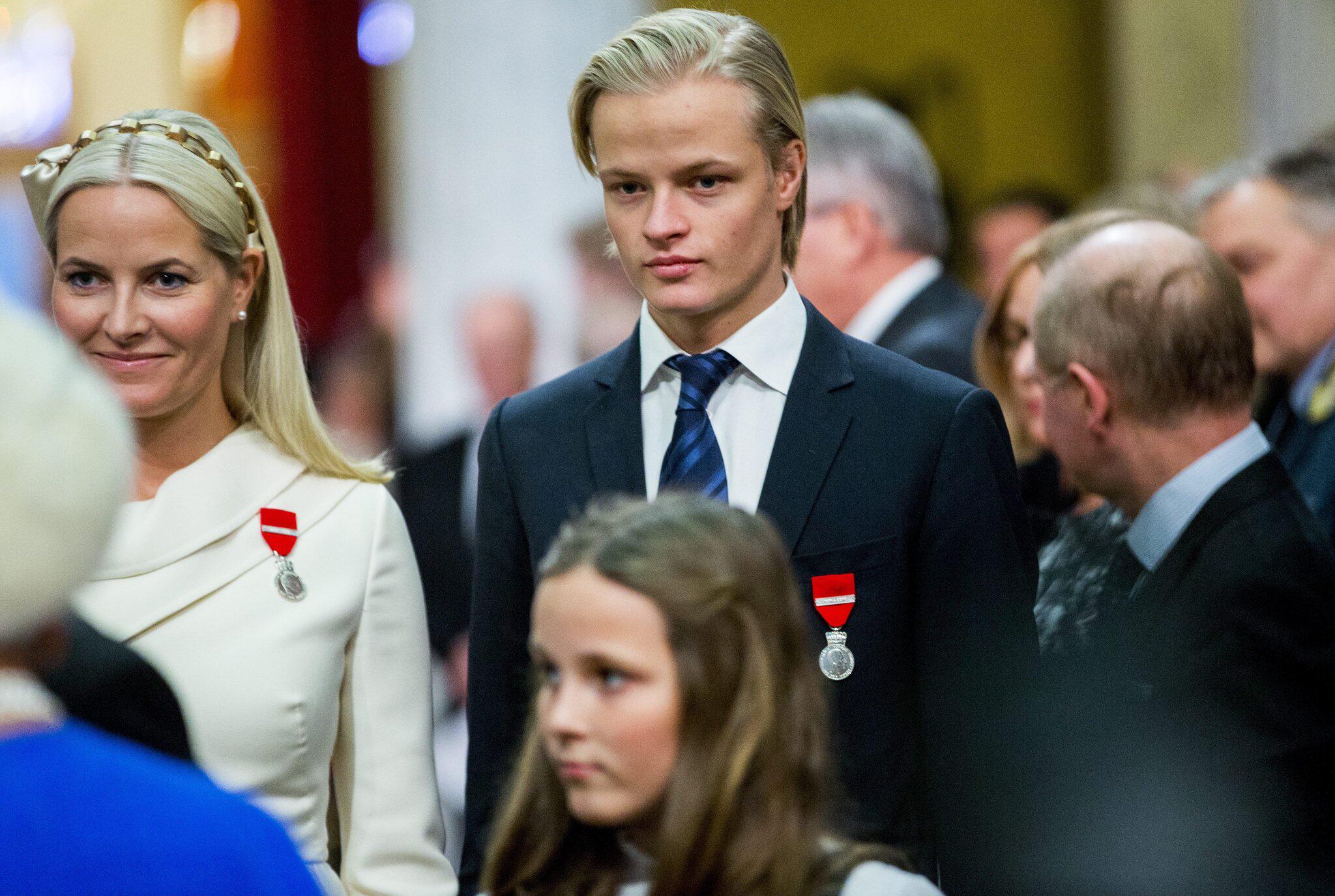 Bild zu Mette-Marit und ihr Sohn Marius Borg Hoiby