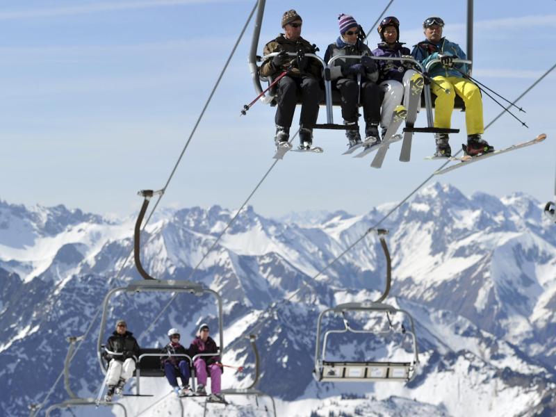 Bild zu Skifahrer am Nebelhorn