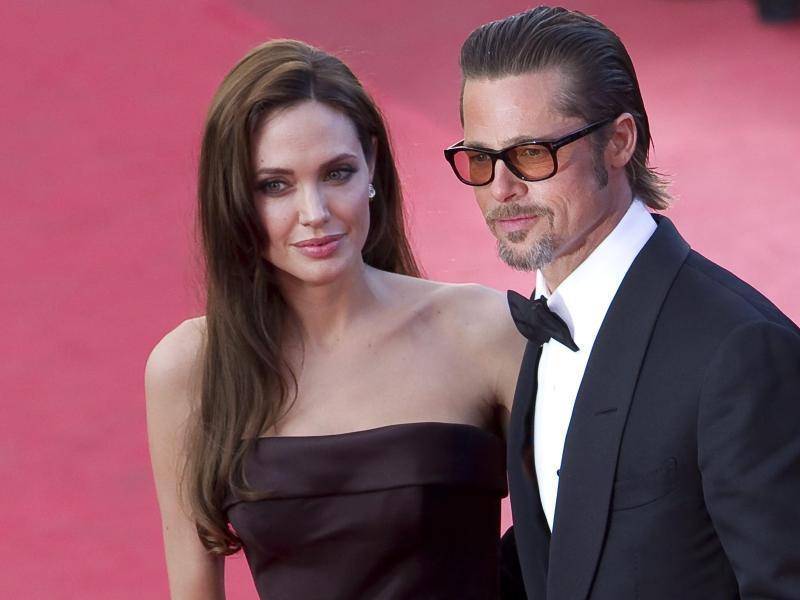 Bild zu Angelina Jolie + Brad Pitt