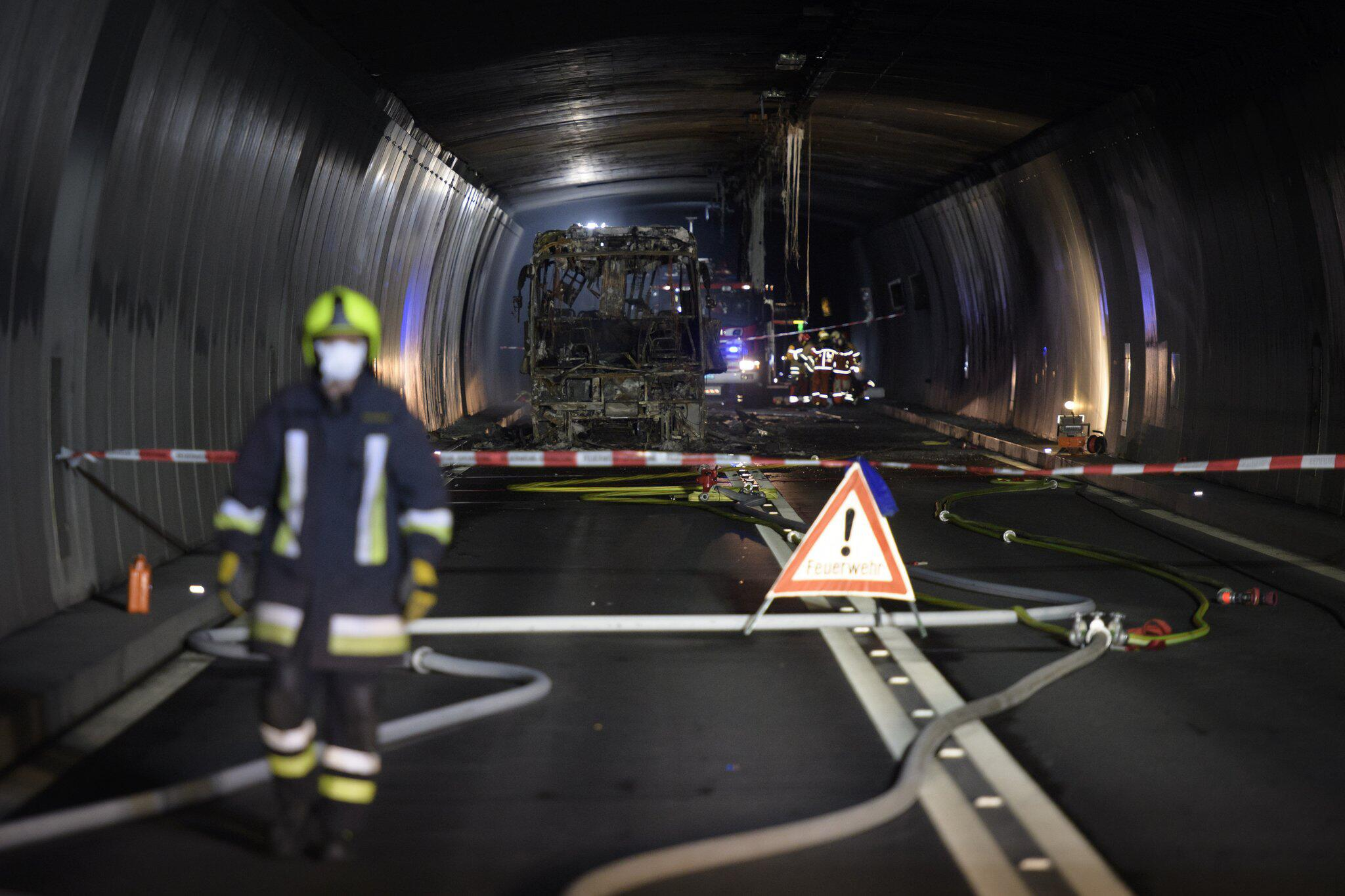 Lotto Gmx reparaturen nach tunnelbrand behindern schweizer pfingstverkehr gmx ch