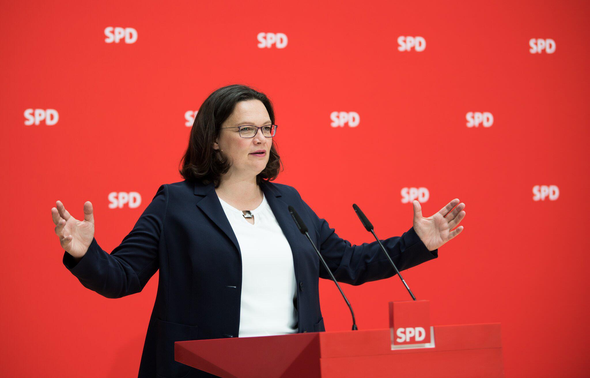 Bild zu SPD leader Andrea Nahles - press conference
