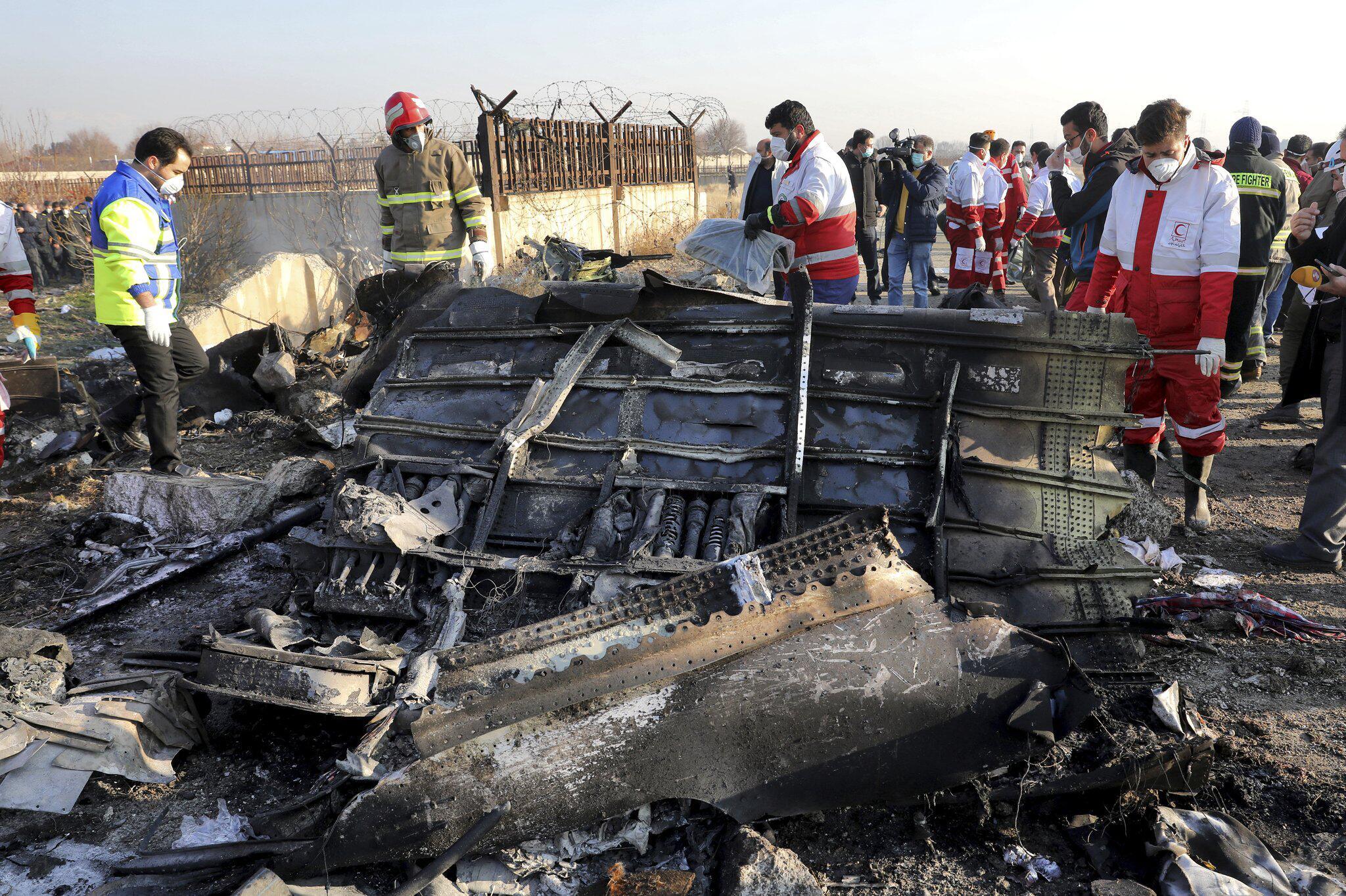 Bild zu Nach dem Flugzeugabsturz im Iran