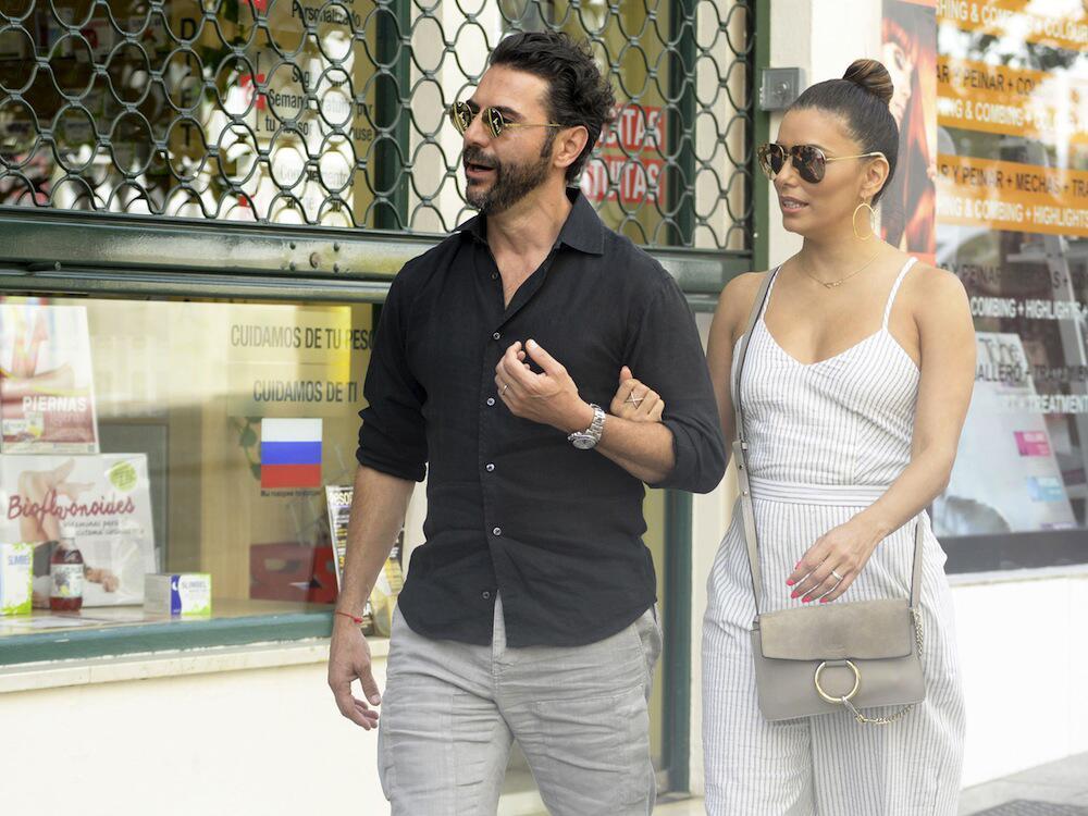 Bild zu José Baston und Eva Longoria im Urlaub in Marbella