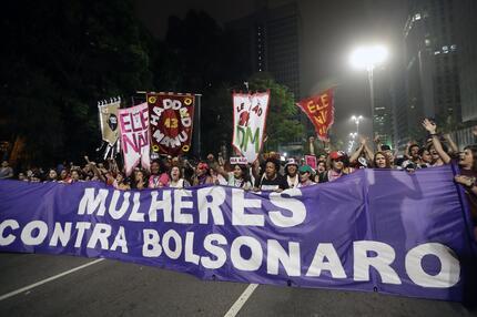 Vor der Wahl in Brasilien: Protest gegen Bolsonaro