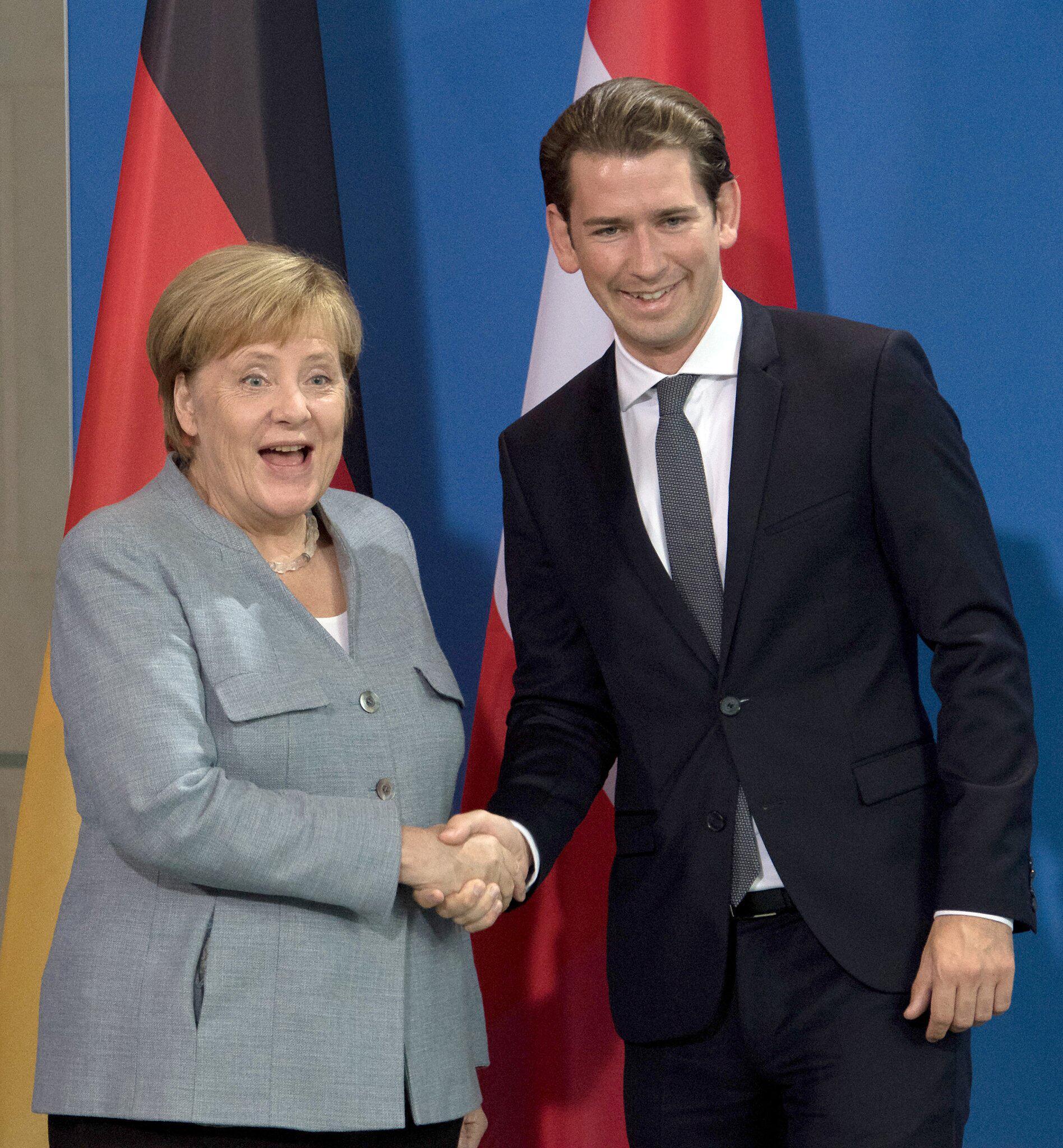 Bild zu Chancellor Merkel receives Austrian Chancellor Kurz