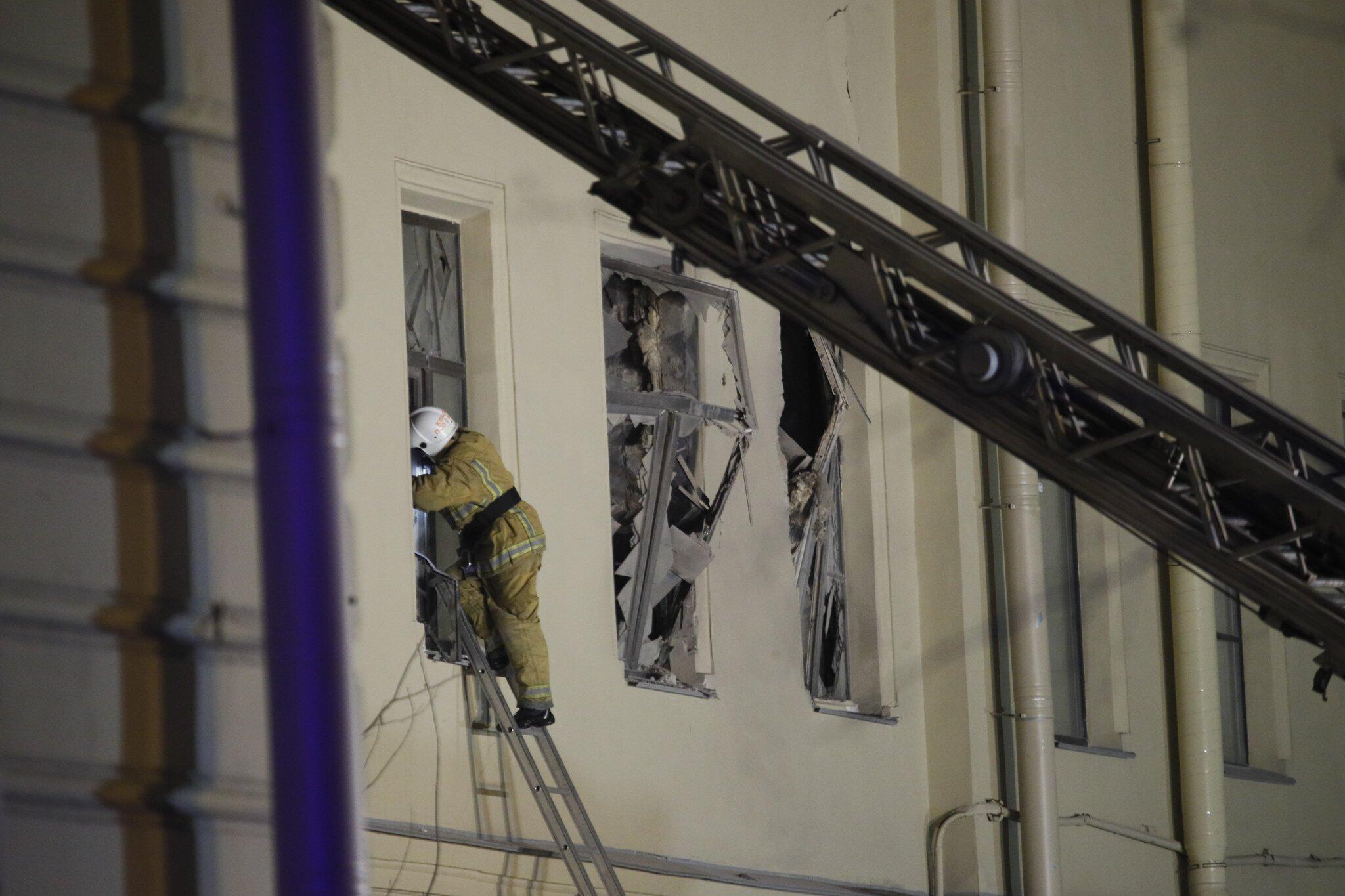 Bild zu Teile eines Uni-Gebäudes in St. Petersburg eingestürzt