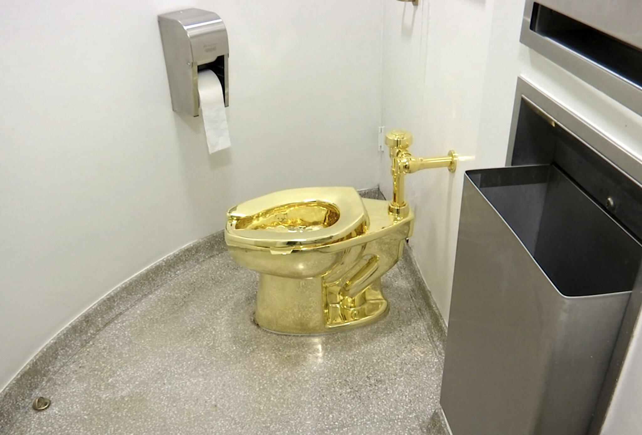 Bild zu Klo aus Gold im britischen Blenheim-Palast gestohlen