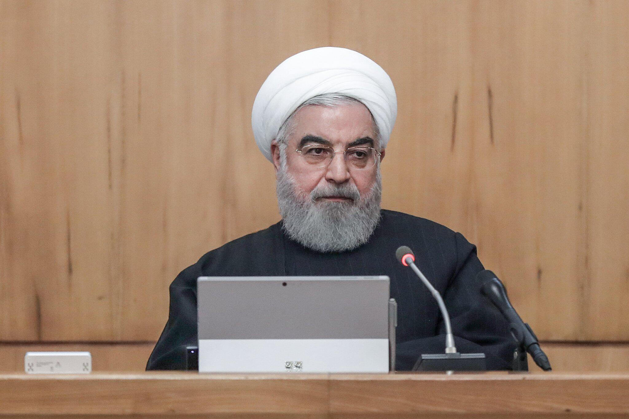Bild zu Irans Präsident verteidigt erneut umstrittene Benzin-Politik