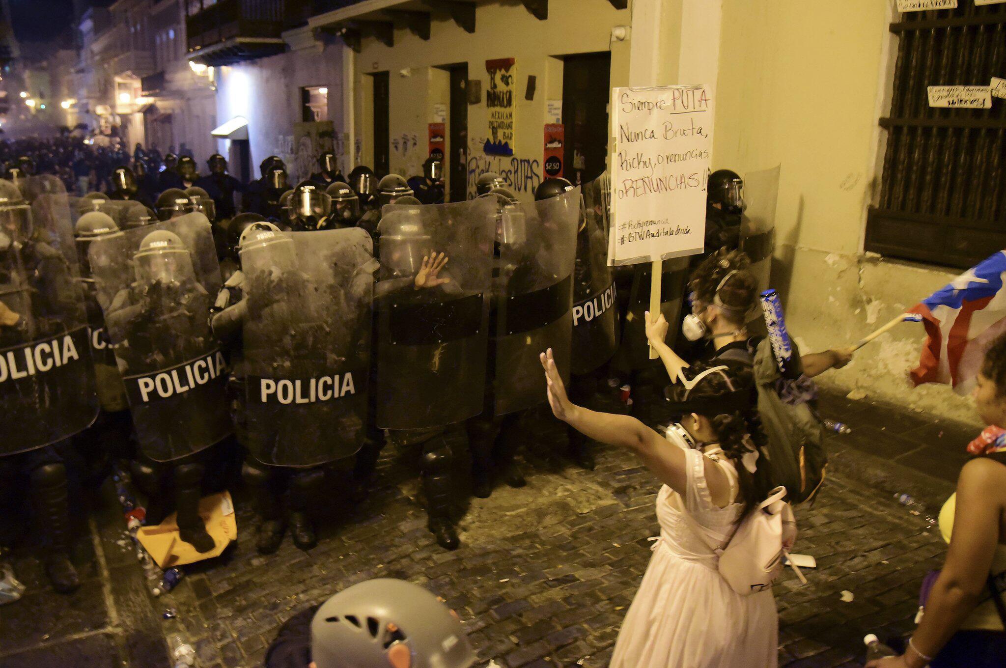 Bild zu Grossdemo gegen Regierung in Puerto Rico