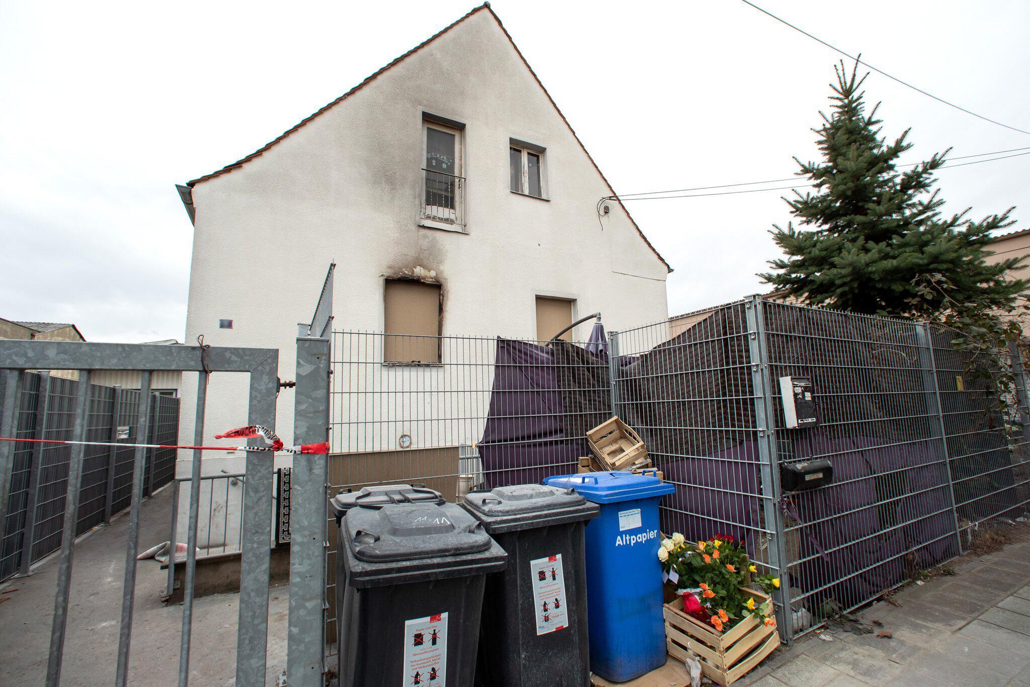 Bild zu Nach dem Brand mit fünf Toten in Nürnberg
