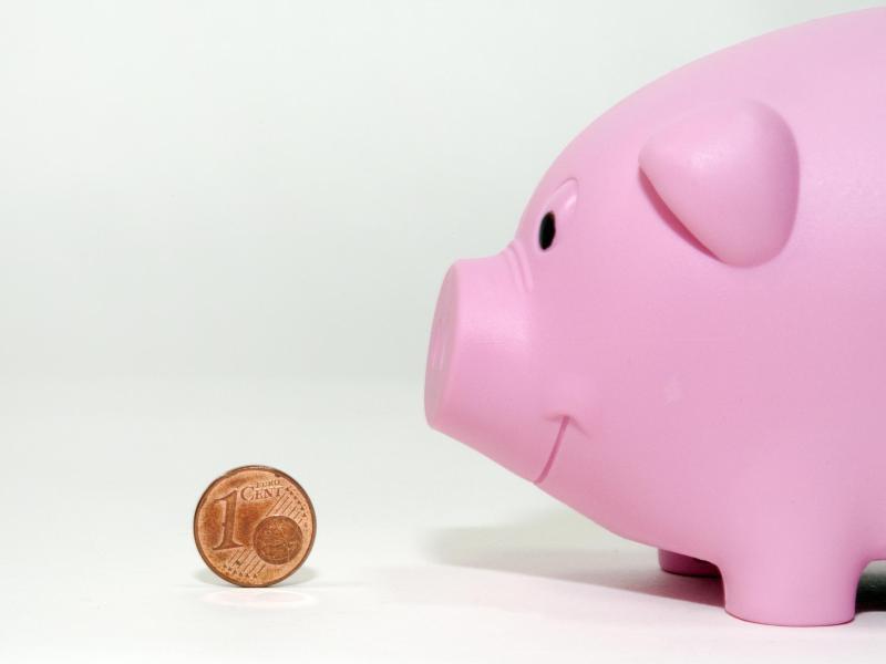 Bild zu Cent vor Sparschwein